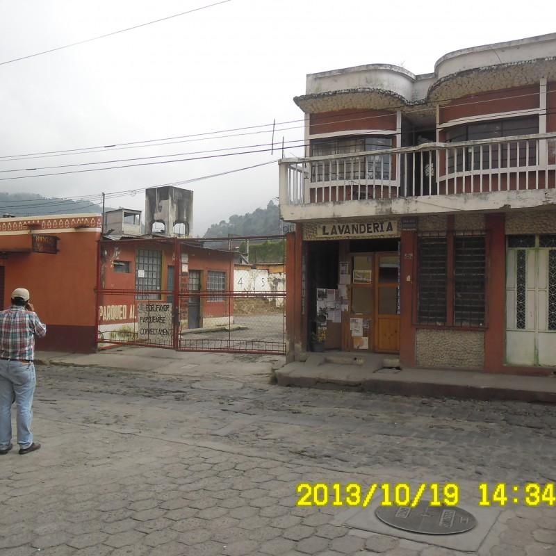Fachada Casa-parqueo-local comercial