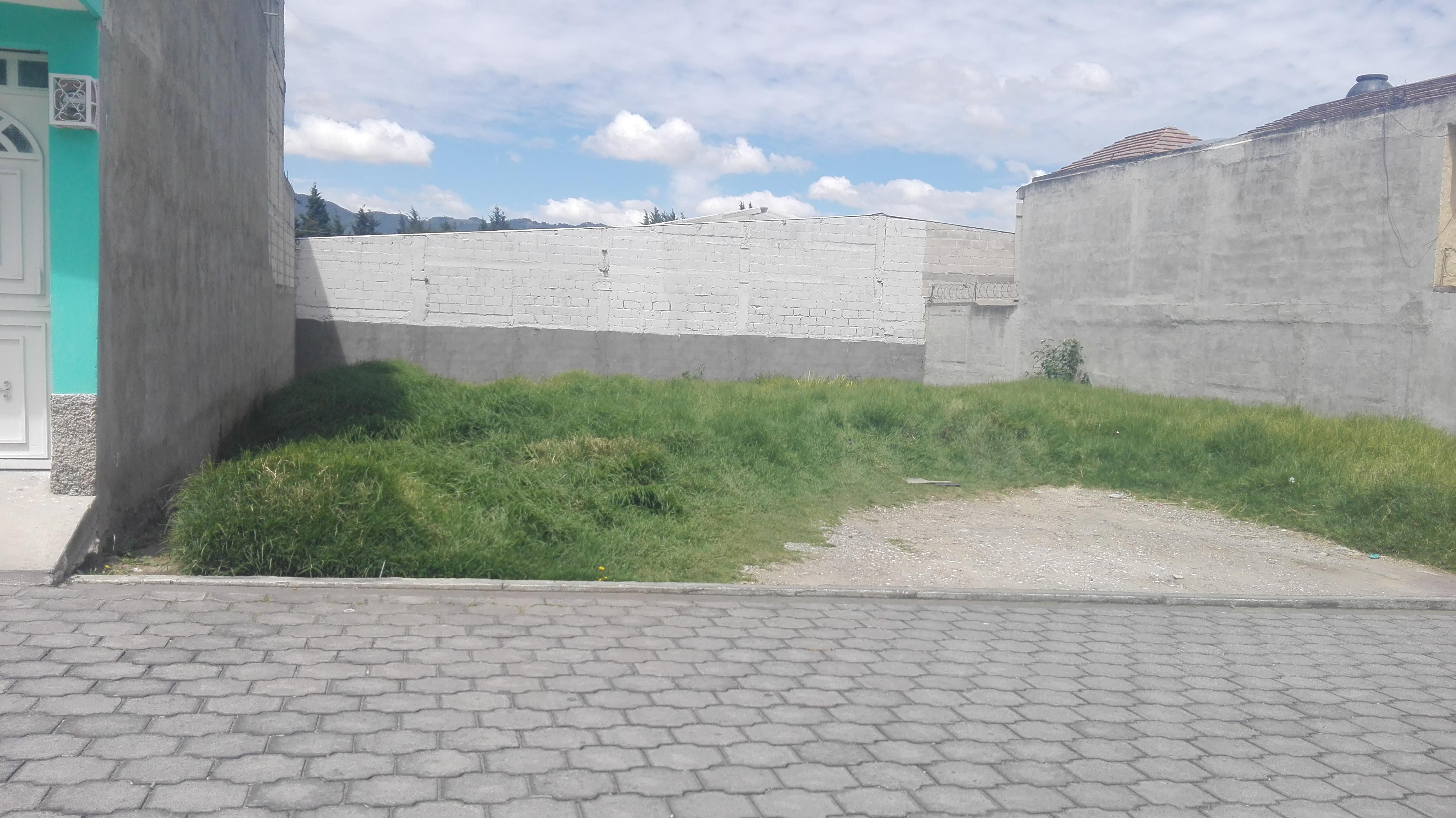 venta de lote de terreno en zona 9 frente a pradera xela